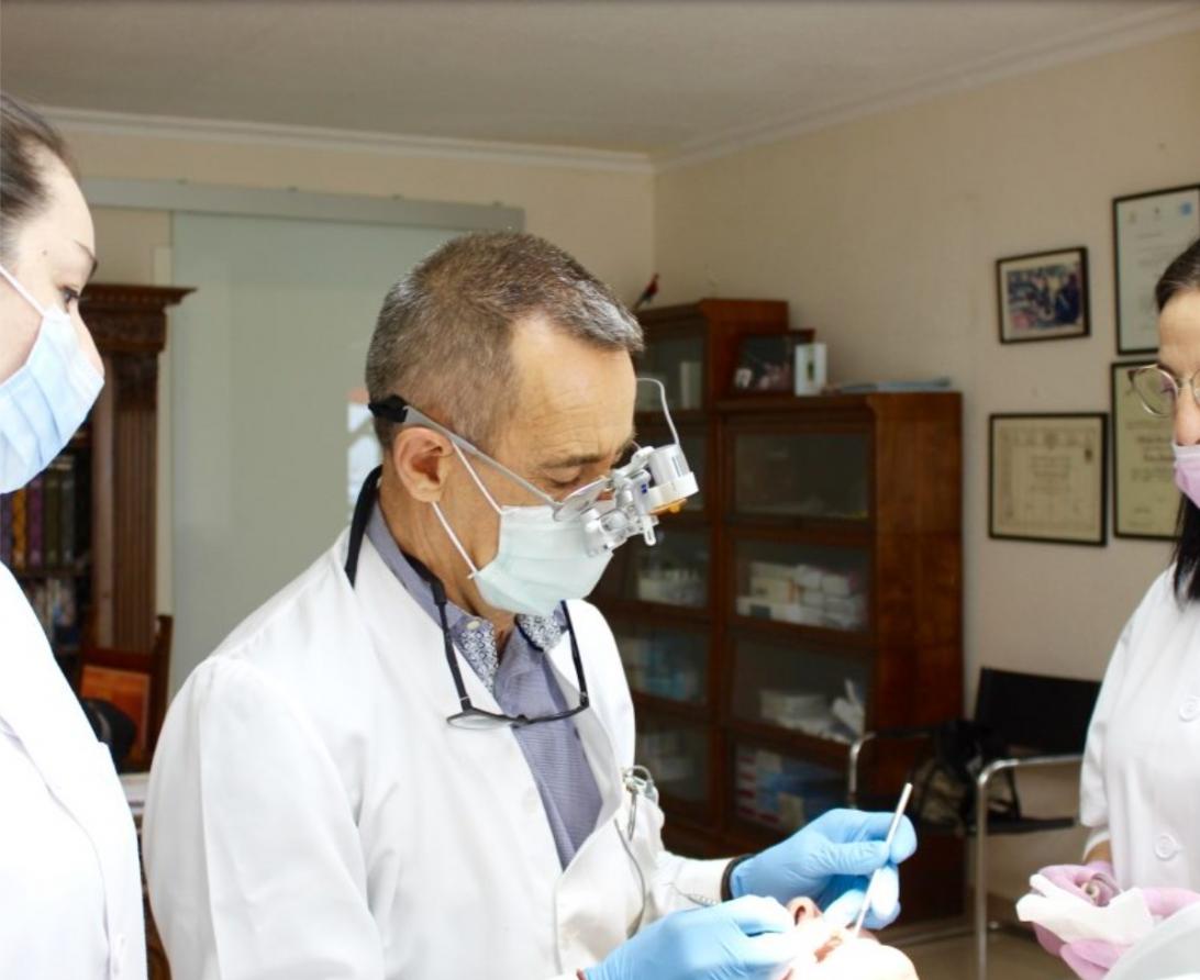 Foto de Dr. Jesús Álvarez Ayala